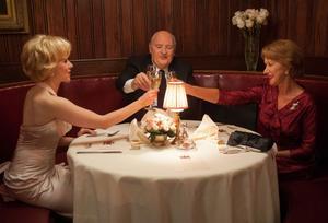"""Janet Leigh (Scarlett Johansson) var en typisk """"Hitchcock-blondin"""". Hon fick på regissörens (Anthony Hopkins) hustru Alma Revilles (Helen Mirren) inrådan huvudrollen i den banbrytande """"Psycho""""."""