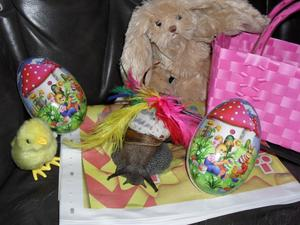 En glad påsk önskar Hans-Greta min afrikanska jätte snigel/snäcka