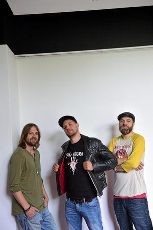 Delar av bandet. John Lindgren, Jens Malmlöf och Karl-Uno Lindgren. Foto: Scanpix