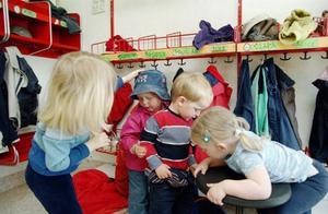 Hur ska förskolan kunna möta varje barn i dessa stora grupper? undrar personalen på Litsvägens förskola.