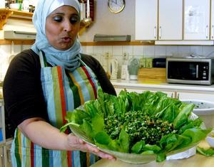 Maten ska vara inbjudande säger Bouchra Moukhlesse.