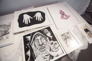 Teckningar av Johan Stenbeck visas just nu på Urbn Arts.