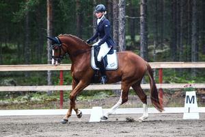 Anna Grönberg, Edsbyn, vann både lätt A och medelsvår C på Nordsteern BelAvenir.