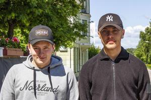 Aron Schönborg och Johannes Bodin har blivit antagna till Bygg- och anläggningsprogrammet.