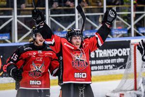 Conny Strömberg  är kontraktslös och letar ny klubb.