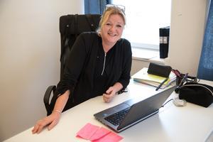 Lena Schulte på Stadsrum är superpositiv till att centrum håller öppet längre nästa år. Kringlan och Telgehuset kommer att följa Södertälje citys rekommendationer och ha öppet till klockan 17 på helger.