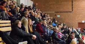 Många hade tagit sig till Karlbergshallen för att minnas