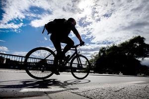 Cyklandet tog fart och det rådde brist hos handlarna. Foto: Magnus Andersson/TT