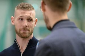 GIF-kaptenen Tommy Naurin i samband med försäsongsmatchen mot Östersund i Nordichallen.