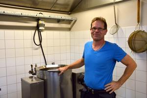 Fredrik Söderberg, numer mannen bakom Lennarts pölsa.