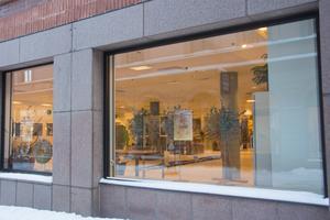 Konsten flyttar in - Olle Melkerhed och Erika Hensiksson ställer ut i gamla Systembolagsutrymmena i In-gallerian