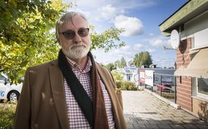 Regionrådet Bo Brännström (L) skriver tillsammans med sina partikollegor att sjukvårdspersonal måste ha större möjlighet till kompetens- och löneutveckling.
