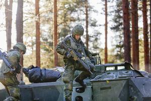 När nu mer pengar går till svensk militäruppbyggnad bör Sverige använda militären mer aktivt i civilsamhället., skriver Stefan Lennart Fuchs i sin insändare. Foto: Petra Älvstrand/TT