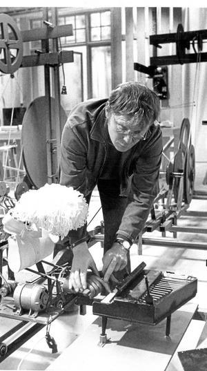 Konsertpianisten. Hur Ultvedt fick moppen att spela piano vet nog bara han. Bilden från 1980.