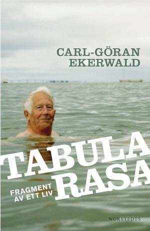 Carl-Göran Ekerwalds andra bok med personliga minnesbilder utkom 2008. I kväll föreläser författaren om bildning på Stadsbiblioteket i Gävle.