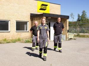 Roger Stråhle, Hanna Lindberg och Magnus Karlsson Mård hade trott att de nya ägarna skulle satsa i Sandviken. I stället läggs verksamheten ner och flyttas till Tjeckien.