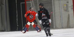 Finska målvaktslånet Iika Lempinen fick göra debut i ÖSK-tröjan.