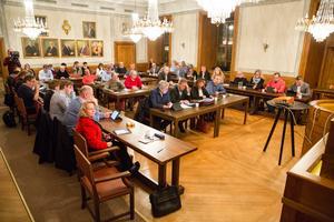 Kommunfullmäktige i Arboga beslutade på torsdagskvällen att det ska bli en folkomröstning om Medåkers skola.