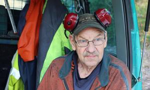 Skogsarbetaren Kåre Sandin fruktar varg mer än björn.