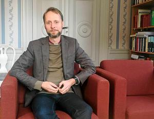 Mikael Mogren, biskop i Västerås stift, skriver om julfirandets sant kristna tradition och varnar för dess avkristnande.
