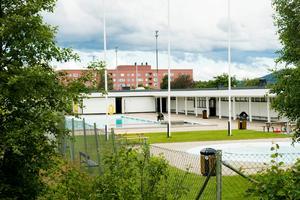 Nackstabadet renoveras och kan komma att förberedas för en överteckning om kommunens badhusutredning blir verklighet. Bild: Cecilia Träff