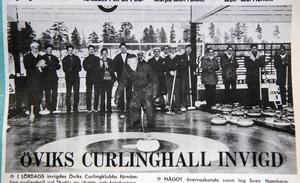 ÖA 25 november 1968. Gunnar Gidlund slog invigningsstenen med applåderande curlare i bakgrunden.