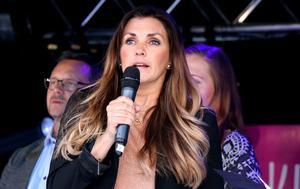 Johanna Ojala var den som fick uppdraget att avslöja vem som blev Årets företagare i Ånge 2019.
