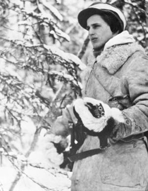 Olof Palme på post under vintermanöver i Umeåtrakten sent 1940-tal.Foto: Pressens Bild / TT