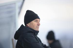 Esa Määttä gör sin andra säsong som tränare i Sirius.
