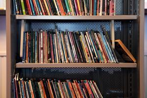 Mer än hundra biblioteksfilialer lades ner i Storbritannien i fjol. Arkivbild. Bild: Pontus Lundahl/TT
