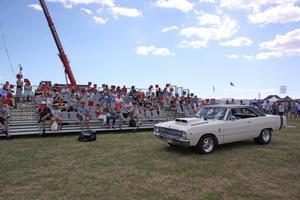 Lucas Nylund i sin Dodge Dart GTS -68 som vann tävlingen Greatest Sound.