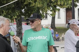 Konferenciär var rallylegenden Ola Strömberg, 72, i samspråk med turistchefen Håkan Ceder, och bakom Noraglass-fabrikören Anders Kadesjö.