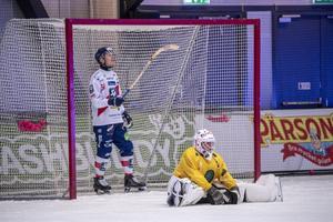 Nä, det gick inte hela vägen – den här gången. Anders Svensson och Daniel Burvall Jonsson deppar efter snöplig sorti i den tredje semifinalen i Lidköping.