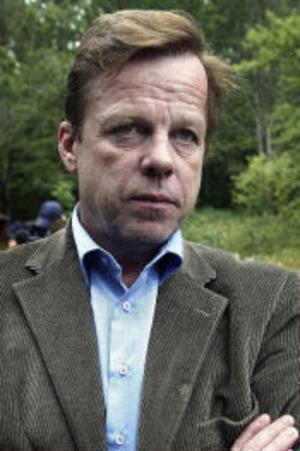 Krister Henriksson som Wallander...