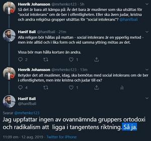På direkt fråga från ledarsidans krönikör Henrik Johansson svarar Hanif Bali att muslimer som ber i offentligheten borde utsättas för repressalier, men inte judar och kristna. Bild: Skärmdump