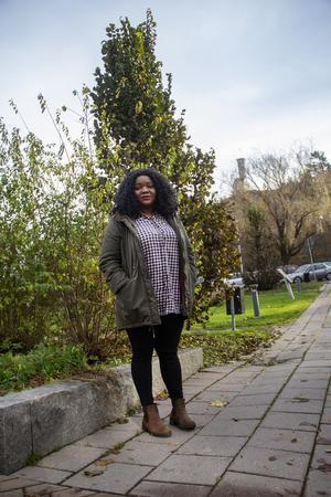 För knappt ett år sedan återförenades Edinah Masanga med sina barn efter tre år utan varandra. Det gör att hon nu enklare kan fokusera på arbetet i Sverige.