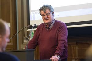 Lennart Gard (S).