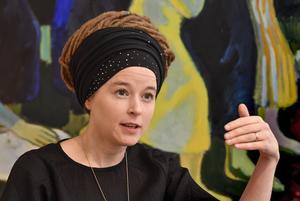 Sveriges nya kultur- och demokratiminister  Amanda Lind (MP), 38 år, för detta partisekreterare för Miljöpartiet. Foto: Jonas Ekströmer/TT