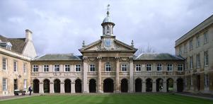 Emmanuel College med kapell i Cambridge är ritat av Christopher Wren från 1663.  Foto: Steve Cadman
