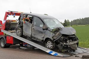 Bilen fick stora skador.