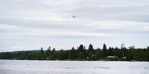 Planet har kraschat på en ö utanför Umeå. Foto: Samuel Pettersson / TT