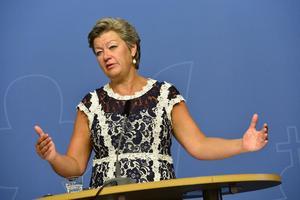 Arbetsmarknadsminister Ylva Johansson (S) menar att det går bra på svenska arbetsmarknad, men att det är en fortsatt utmaning att ännu fler nyanlända ska få jobb.Foto: Jonas Ekströmer/TT