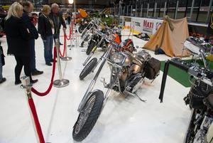 Förutom bilar fanns också en del motorcyklar.