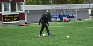 På Skyttis IP har spelade Sunguti med många duktiga fotbollsspelare under sina fyra säsonger i FV.