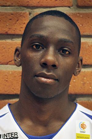 Samuel Mukooza, 25 år, forward. 196 cm.