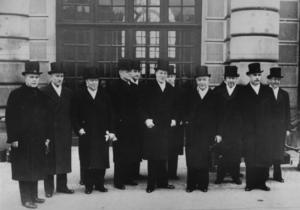 Sveriges regering vid andra världskrigets utbrott 1939. På bilden ses bland andra socialminister Gustav Möller, statsminister Per Albin Hansson och finansminister Ernst Wigforss. Foto: Scanpix