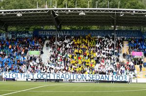 GIF-fansens tifo inför derbyt 2017. bild: Therése Ny/TT.