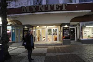 Styrelseordförande i Avesta Filmstudio, Bosse Hedman, håller i två visningar på Myntet varje torsdag. Den första kl. 16 och den andra kl. 19.