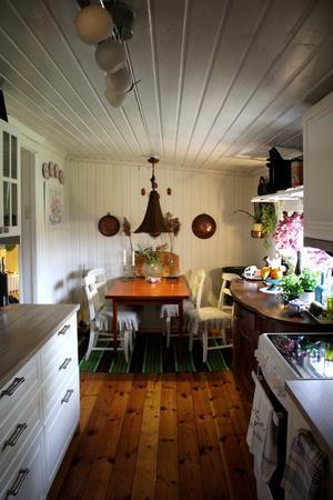 Köket är en av de rum som gjorts om sedan de flyttade in.