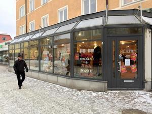 Ägarna av Mejeriet har tvingats åse sjunkande försäljning. Om ett par veckor stängs butiken.